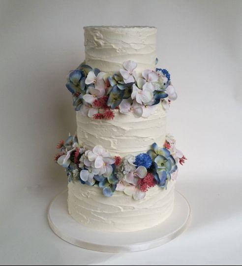 Buttercream Silk Flower Cake