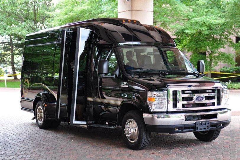 Executive limousine bus