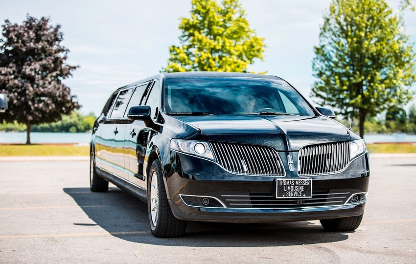 Eight passenger limousine