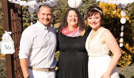 Wedding Officiant Springfield MO Lauren Whitlock