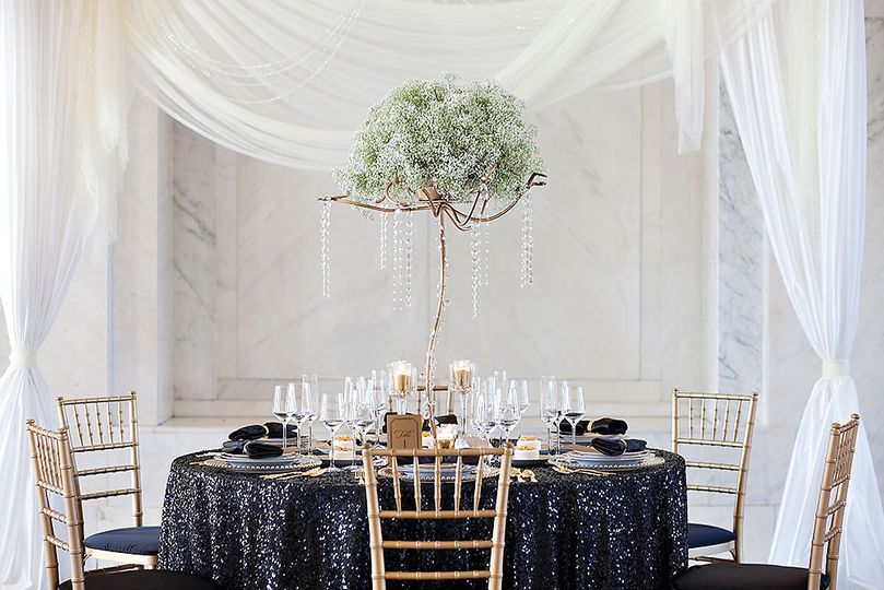 52f04207b766cedf Wedding Tablescape Sequins