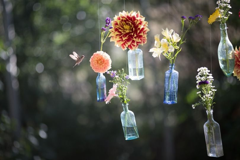 Flower hanging decor