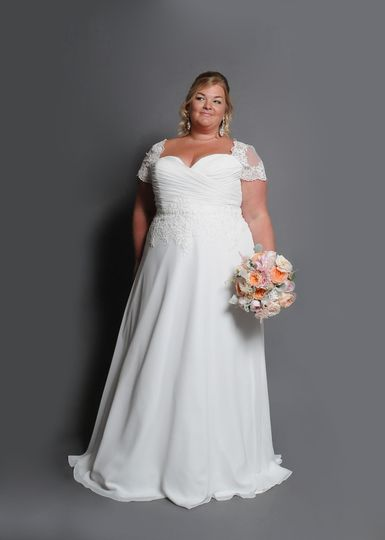 Chiffon bridal gown with lace cap sleeve