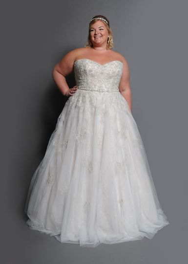 Beaded tulle and lace, Moscato blush and silver beading.