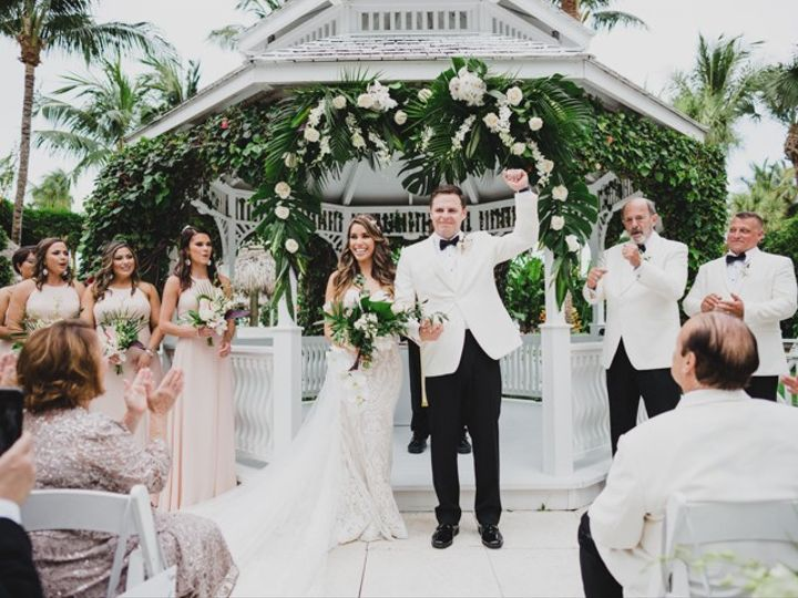 Tmx La Vie Studios Miami 27 Of 132 51 904473 158713000575878 Miami, FL wedding photography