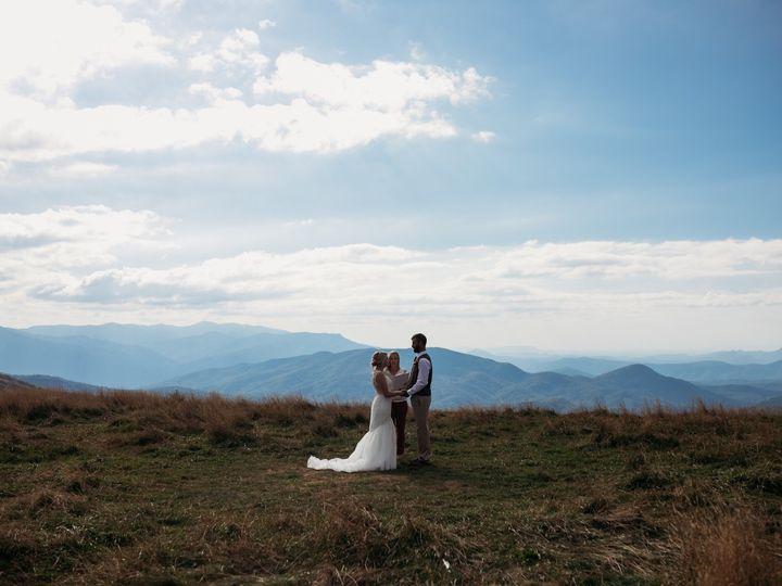 Tmx Img 3195 51 1905473 157834967033525 Asheville, NC wedding planner