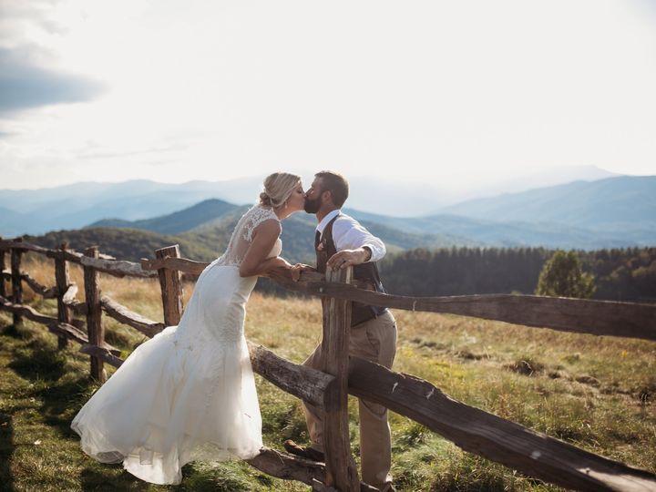 Tmx Img 3582 51 1905473 157834965498084 Asheville, NC wedding planner