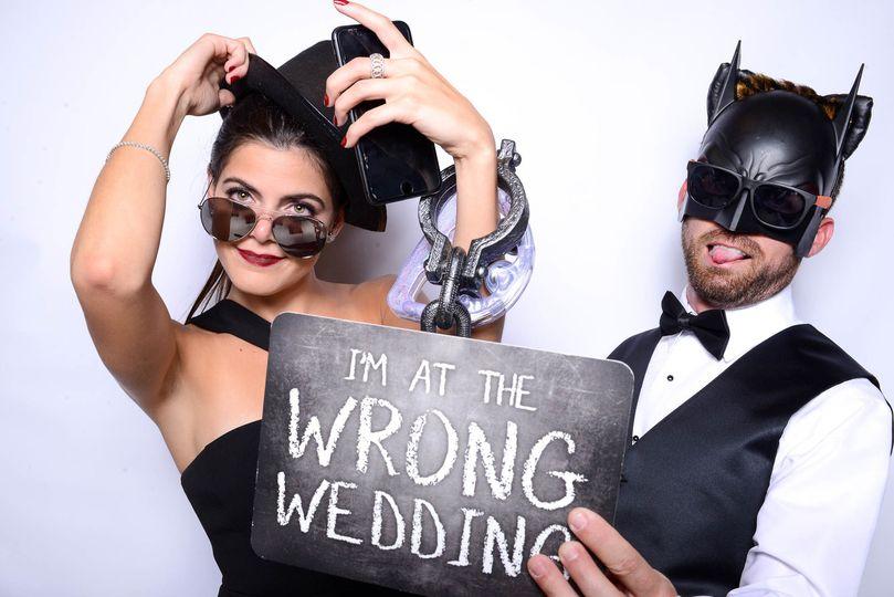 566c5d4c20996bf3 1533054389 4abc7524d8bf2595 1533054388849 5 05 Wedding Photo B