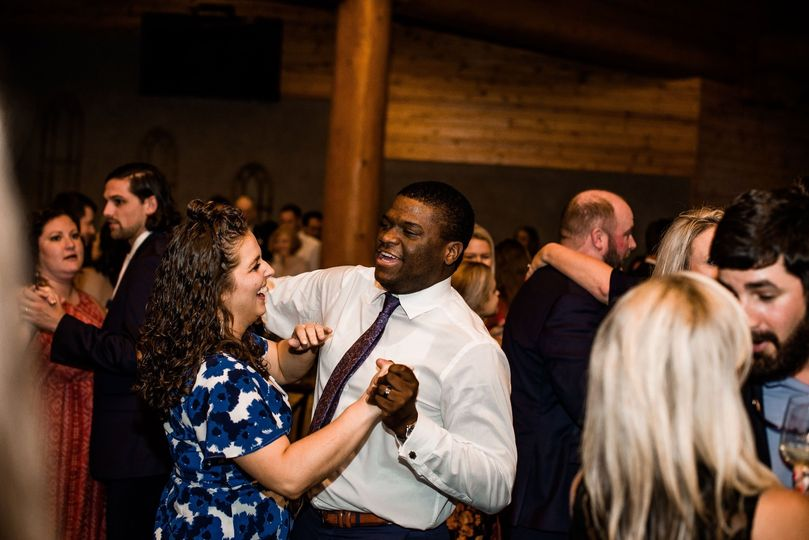 Guests having a great time (Wovenstrandphoto)