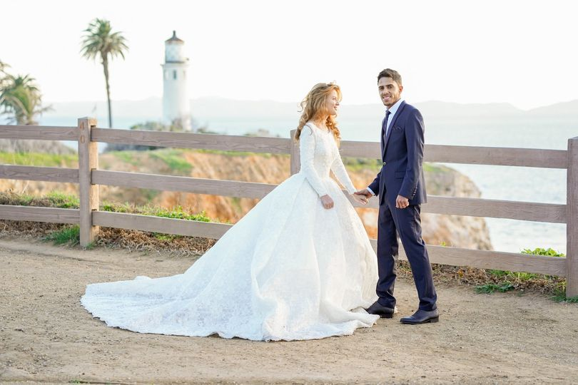 Wedding by the water - WHITE STORY FILM Photo & Video