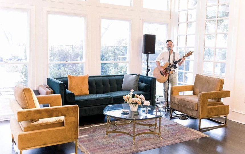 Music in lounge at Open House