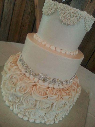 lesley 39 s creative cakes flowers catering wedding cake arizona