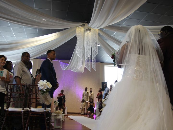 Tmx 1531522921 805be785b6ce38ff 1531522919 Ad12130ab1918546 1531522913846 2 Ceremony Bride Norfolk, VA wedding venue