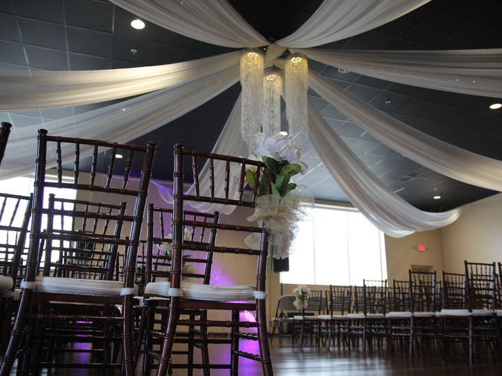 Tmx 1531522921 Ca3fbbadfcbdbe4e 1531522919 95acf05bd8fa5946 1531522913846 3 Flower Drapes3 Norfolk, VA wedding venue
