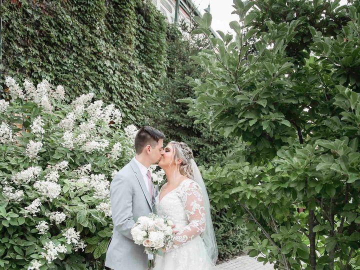 Tmx 46 Jhp19 Mrmrsbrouillette 75 1 51 785573 158352758268278 Algonquin, IL wedding photography