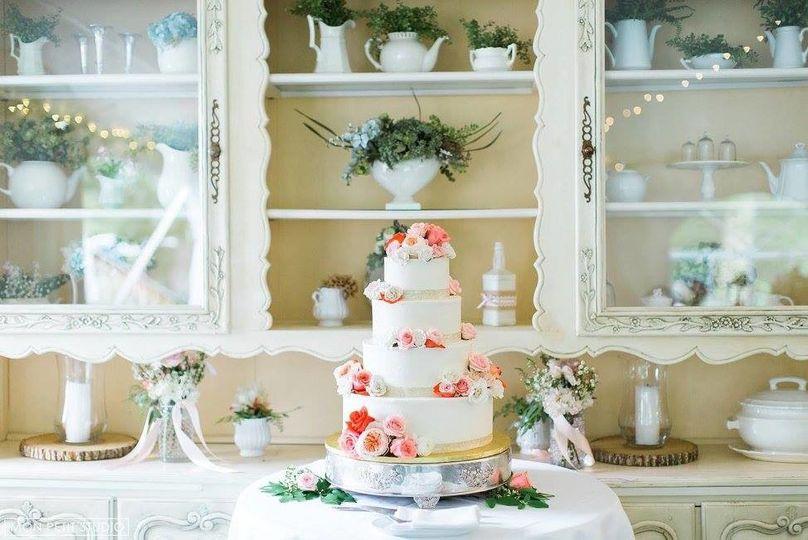4 layered wedding cake
