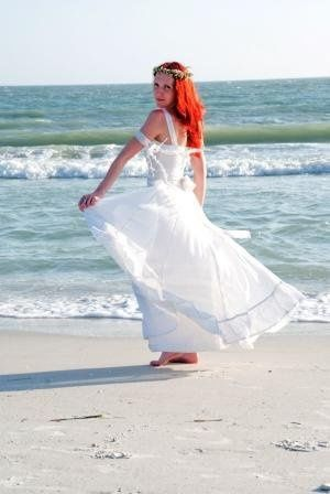 Sarah came from England for her beautiful beach wedding