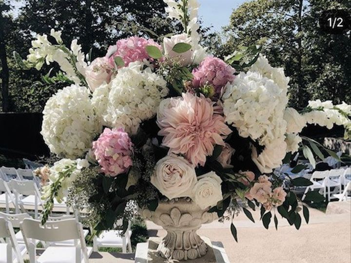 Tmx Img 8414 51 928573 158283489999684 Saint Helena, CA wedding florist