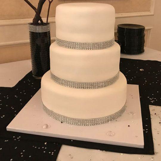 253627fa6aec325a 1530832512 1d0484cdfc7e9880 1530832512149 3 Wedding Cake 05