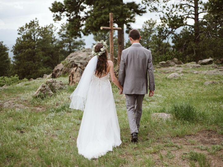 Tmx Hannahwill000335 51 1060673 1565895297 Littleton, CO wedding planner