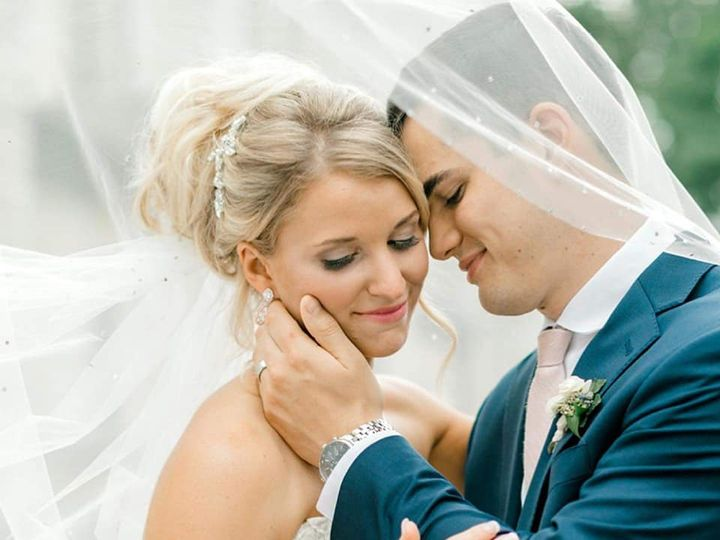 Tmx 69260062 2344340642500111 4372850222900969472 N 51 721673 160398915674113 Pewaukee, WI wedding beauty