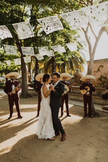 Wedding mariachi band