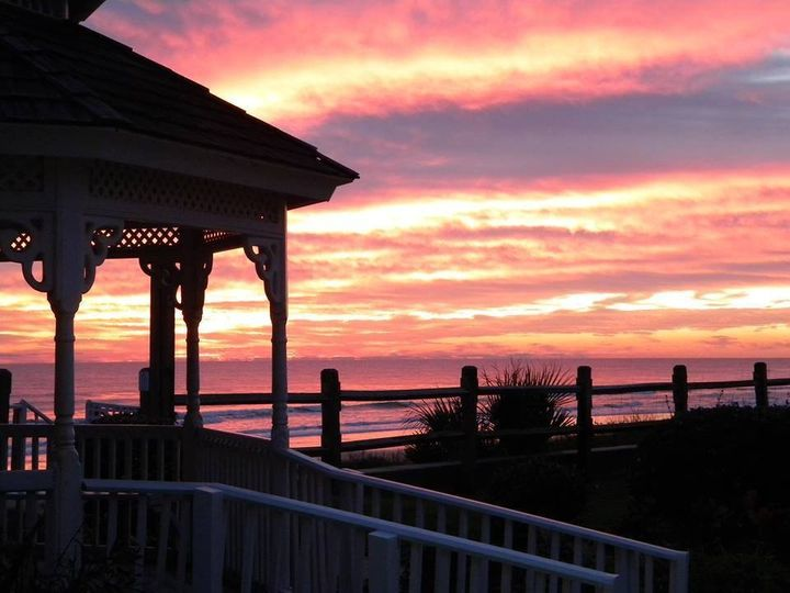 Gazebo Sunrise