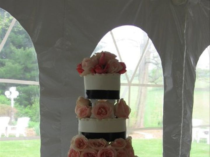 Tmx 1256773746114 IMG1866 Fairfield, Pennsylvania wedding cake