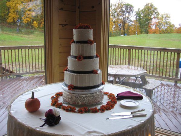Tmx 1283624605481 IMG2867 Fairfield, Pennsylvania wedding cake