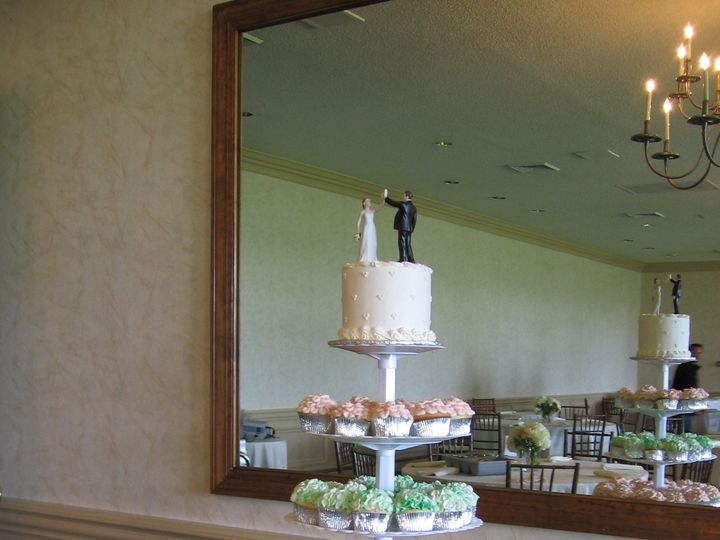Tmx 1378827246272 7 30 12 017 Fairfield, Pennsylvania wedding cake