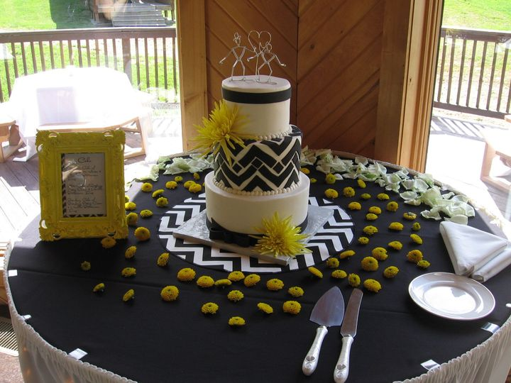 Tmx 1378831137610 7 1 13 164 Fairfield, Pennsylvania wedding cake