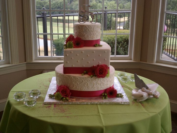 Tmx 1378832457961 Wedding 1 Fairfield, Pennsylvania wedding cake