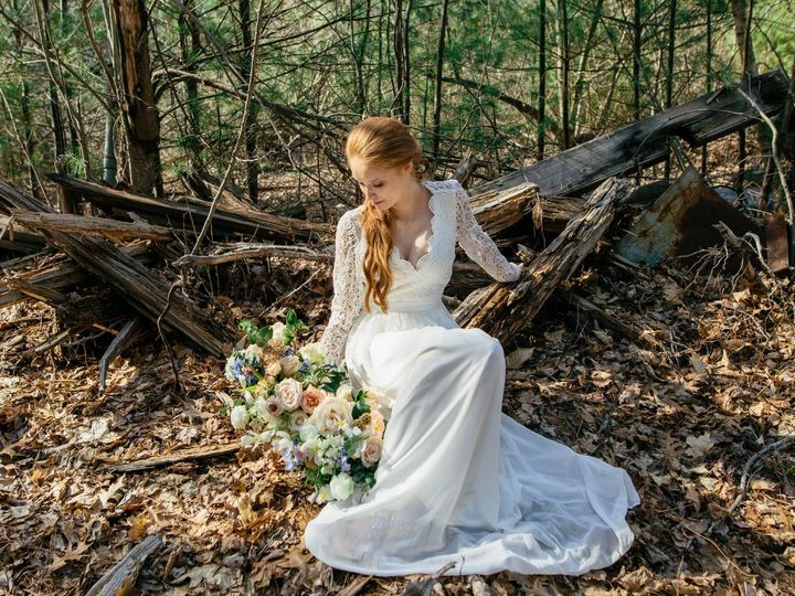 Tmx Dagny Kream Photography Rustic Mill Bridal Shoot 55 51 1067673 1560184014 Carver, MA wedding florist