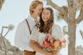 Hightail & Honeymoon Photography
