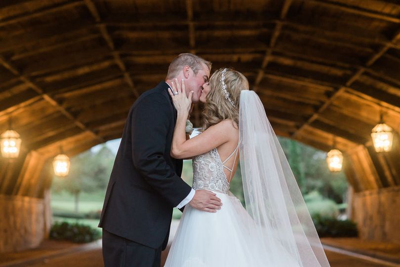 50906b9521943ad7 1515523102 e6c57ffde11a5909 1515523096017 41 Tampa Wedding Pho