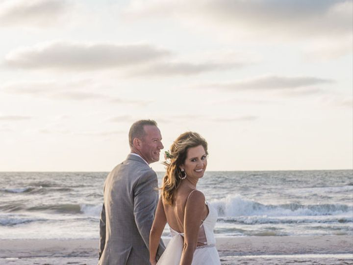 Tmx 1515523286 B5284c1fcd9b821b 1515523284 B6acb667ecc585ca 1515523284332 2 Sandpearl Resort C Tampa, FL wedding photography