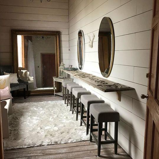 Bridal suite space
