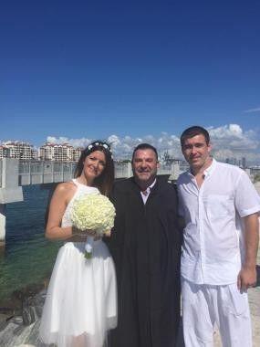 Tmx 1519689130 482467d36c4d973f 1467302927212 L58ov7g2j4lfcac0228hu7fom580x380 Fort Lauderdale, FL wedding officiant