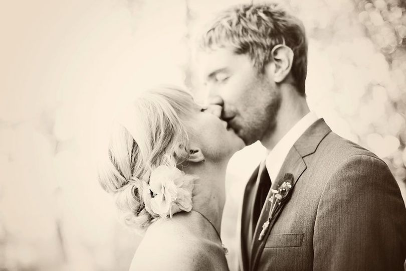 Glow Weddings by eieio photography