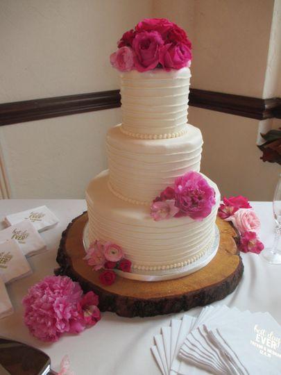 Classic Cakes Wedding Cake Jacksonville Beach Fl Weddingwire