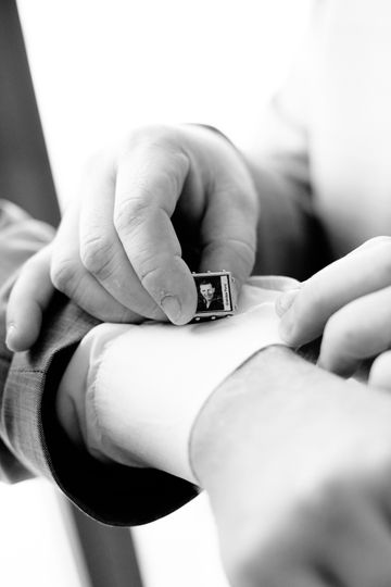 Allison Niles Photography - Getting ready