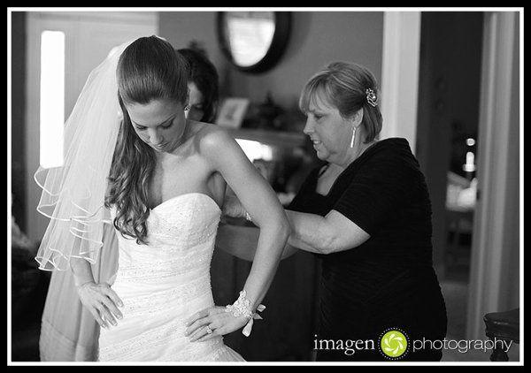 Tmx 1326824899289 250190134604849947741101891046552455231355866044n Cleveland, OH wedding photography