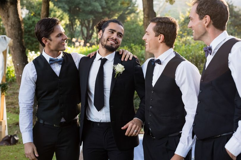 The Groom and Groomsmen - Moda Pictures