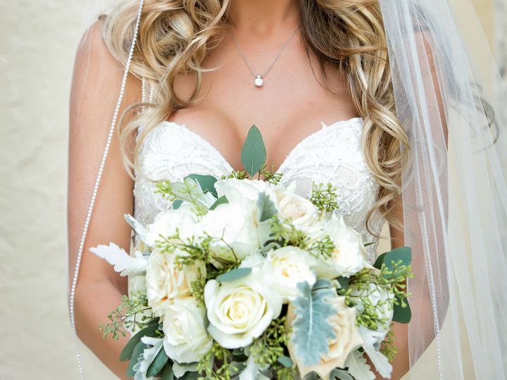 Tmx 1517341795 1becadbc5537afa4 1517341793 B85f47681cd8a3cb 1517341785374 31 29084 098 Delray Beach, FL wedding florist