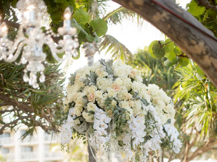 Tmx 1517341977 F7aee4d4bd85e1f4 1517341923 Ba02e48d9b8a5b31 1517341904120 53 Sara Kauss Photog Delray Beach, FL wedding florist