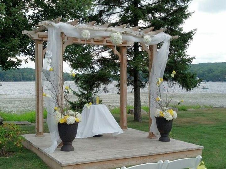 Tmx 10562992 333603150131317 1939273083036917713 N 51 712873 157664332563848 Albrightsville, PA wedding florist