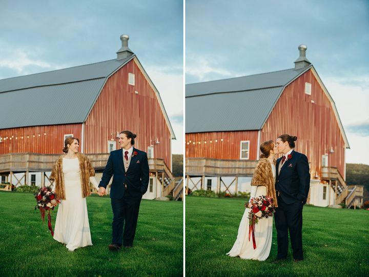 Tmx Cottrell Lake Poconos Wedding Photographer 091 51 712873 Albrightsville, PA wedding florist