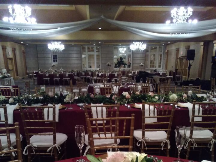 Tmx Img 20191102 151817 51 712873 157395610229342 Albrightsville, PA wedding florist