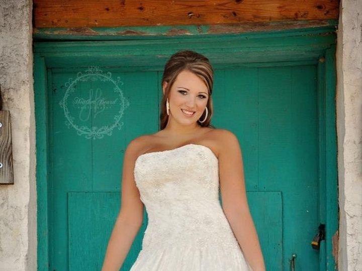 Tmx Img 2192 Original 51 1992873 160581970864400 Hickory, NC wedding beauty