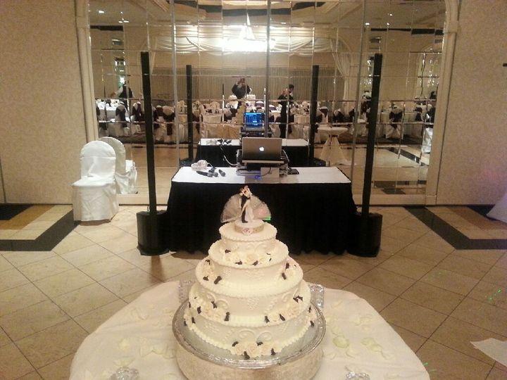 4 layered wedding cakw